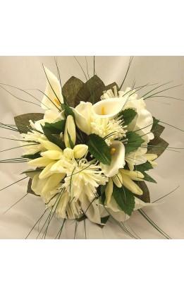 Bouquet sposa calle e fiori mix