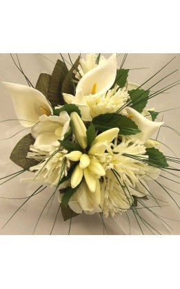 Bouquet sposa calle e fiori mix