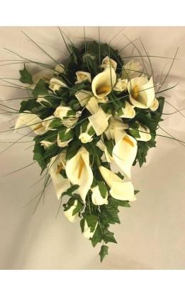 Bouquet sposa a goccia calle e organza