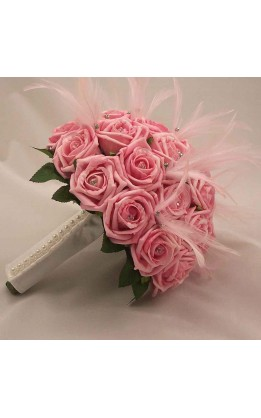 Bouquet sposa rose con diamanti e piume