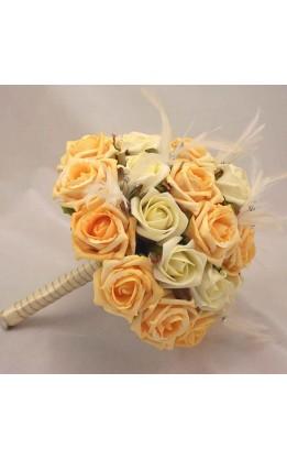 Bouquet sposa rose avorio, oro piume e diamanti