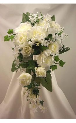Bouquet sposa a goccia rose e fiori mix