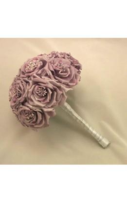 Bouquet sposa rose selvatiche lilla