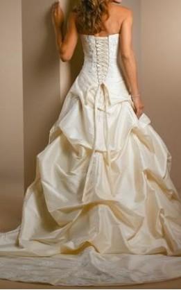abito da sposa V1217