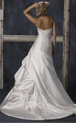 abito da sposa V2052
