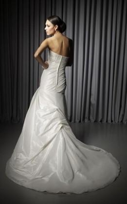 abito da sposa V2057
