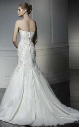 abito da sposa V2061
