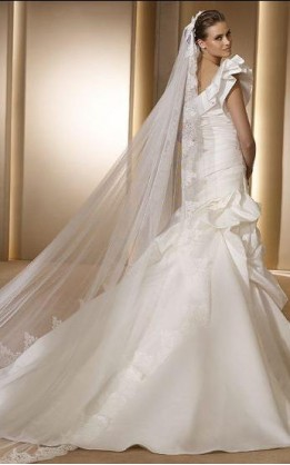 abito da sposa V3022