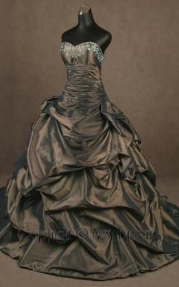 abito da sposa V3051