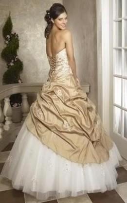 abito da sposa V3076