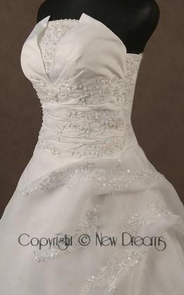 abito da sposa V4009