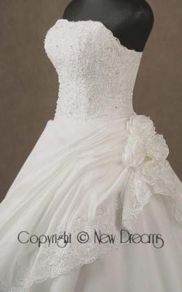 abito da sposa V4016