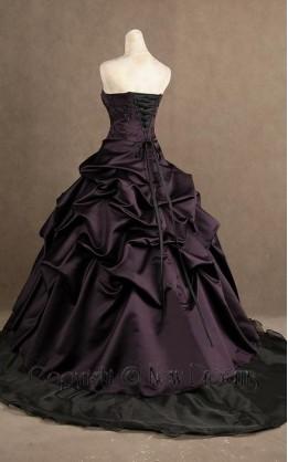 abito da sposa V5095